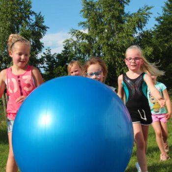 Gymturnen-RSV Renata-meisjes-spelen-yogabal